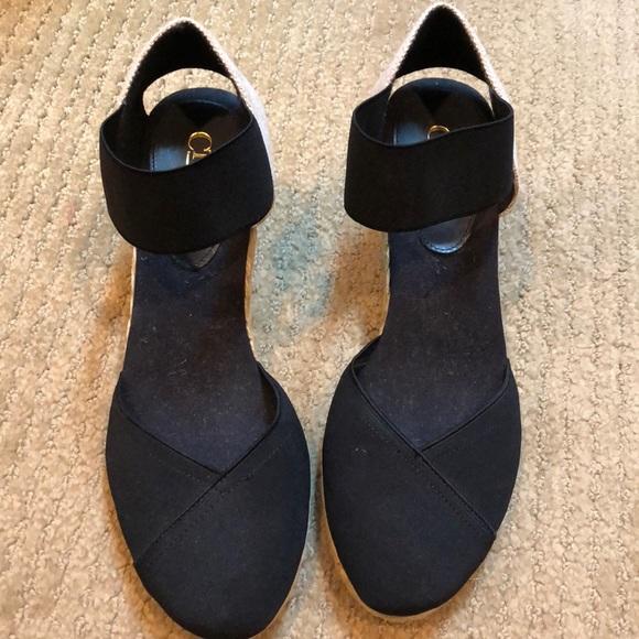 37a9ab2eab3 Chaps closed toe sandal wedge